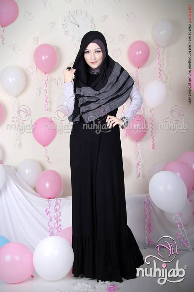 Rample Shawl (RS) - Black