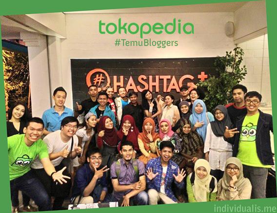 foto bareng #TemuBloggers Tokopedia