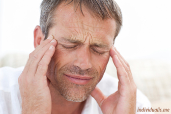 Pria dewasa seringkali merasa sakit kepala tegang
