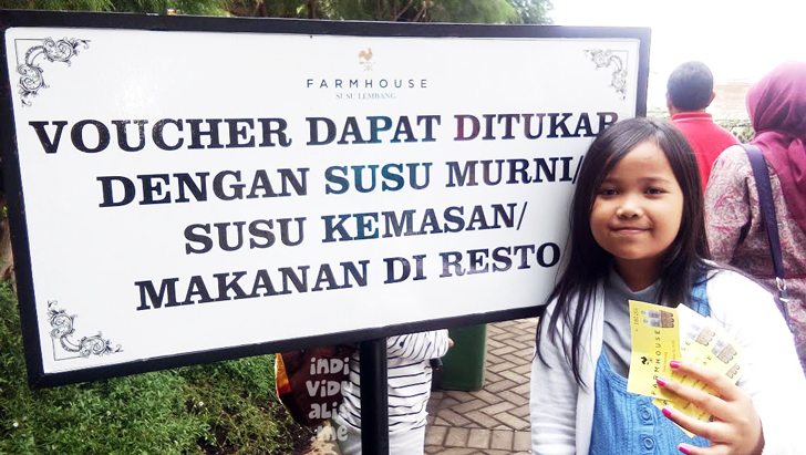 tiket masuk ke Farmhouse Susu lembang berfungsi juga sebagai voucher